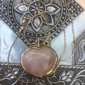 Jewelry - carved heart rose quartz gold pendant necklace